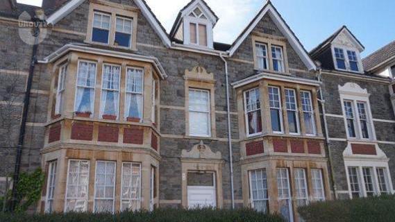 爱丁堡大学什么时候申请宿舍 -异乡好居